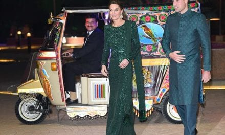 William and Kate Middleton turn up in Tuk Tuk in Islamabad | Daily Mail Online