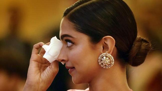 Indian Stars That Experience Mental Wellness Issues– Globe Mental Wellness Day 2019