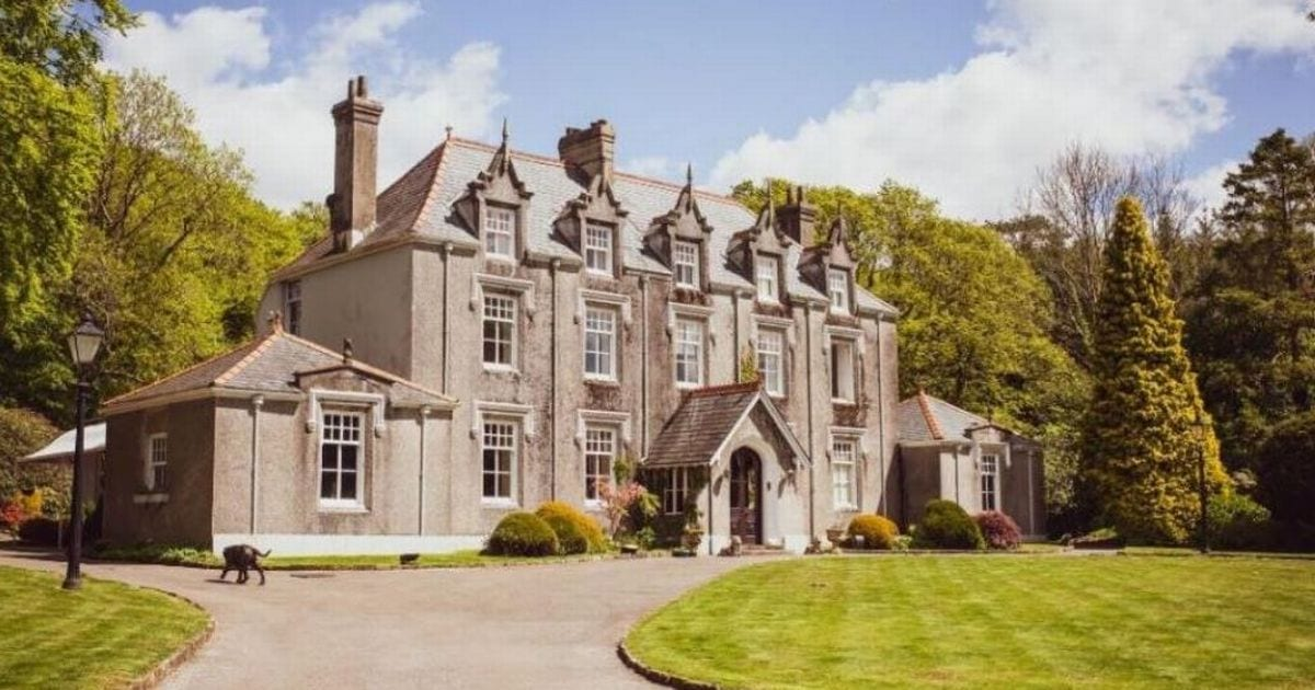 The nine-bedroom French chateau-style Welsh manor that's up for auction for £735k – Wales Online