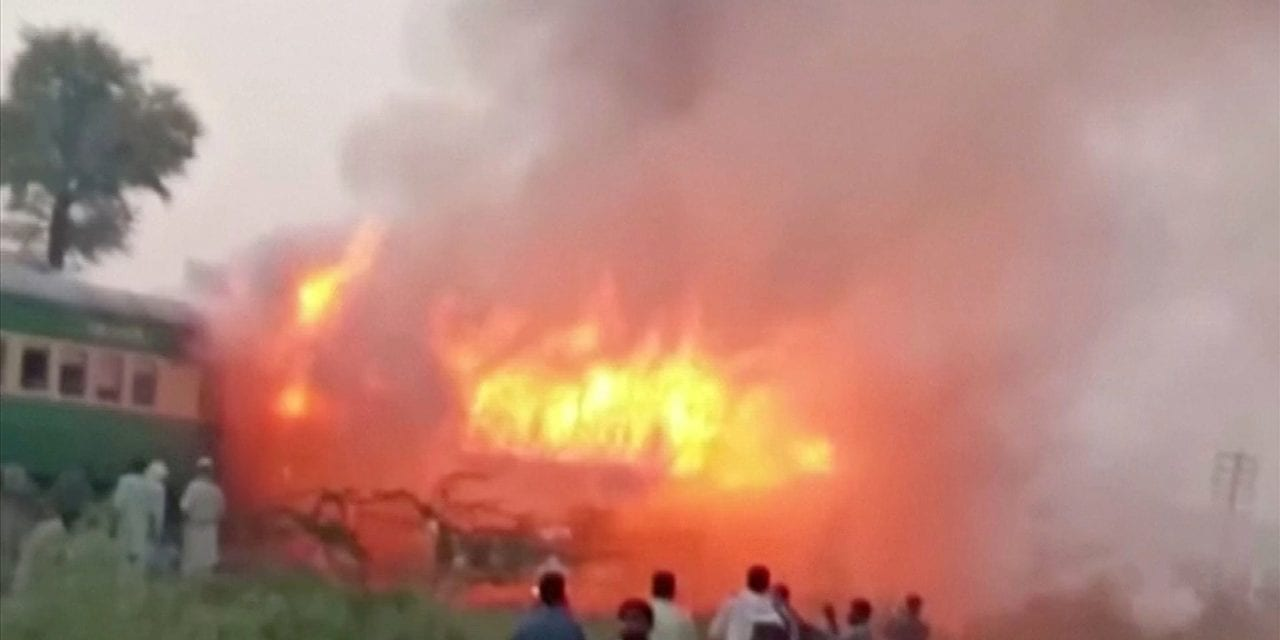 Pakistan train fire kills at least 73 as passengers try to jump from burning carriages | The Independent