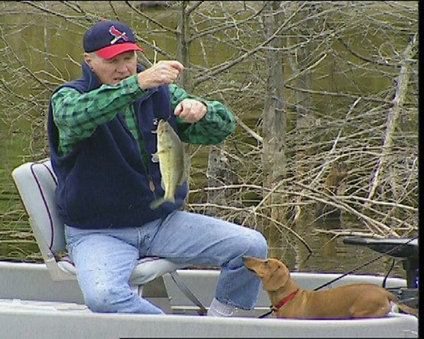 Outdoors legend Jerry McKinnis, 82, dies; Little Rock resident's show 'The Fishin' Hole' featured fishing trips, celebrities