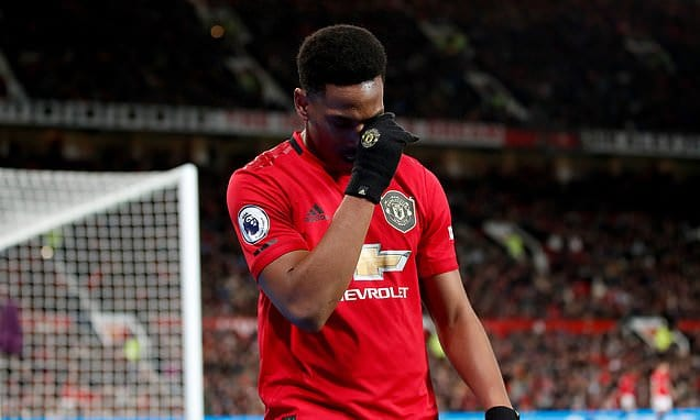 Anthony Martial 'set to miss Manchester United's clash with Tottenham due to muscle injury' | Daily Mail Online
