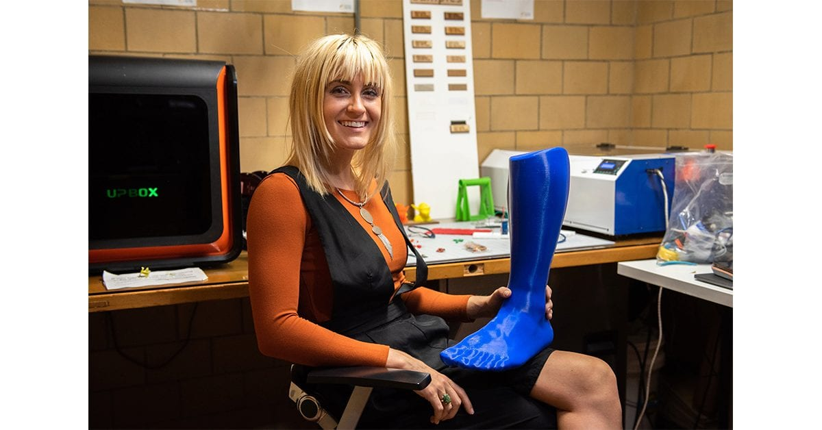 In developing wearable technology, fashion student blends science and style
