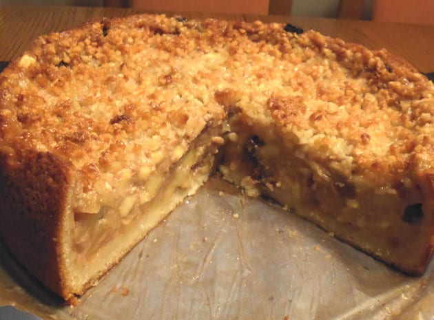 Apple Cake Vienna Style – Traditional Recipe