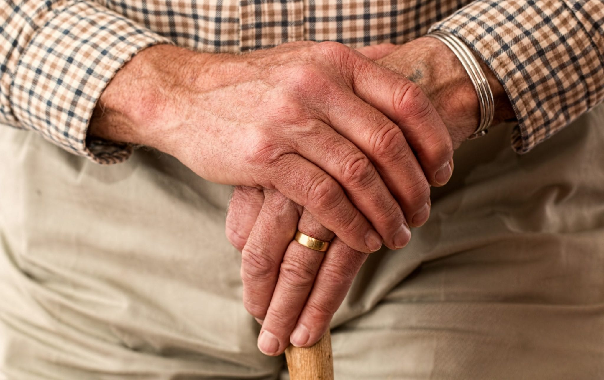 Elderly 'to be quarantined for four months in wartime-style plans to combat coronavirus'  |  Entertainment Daily