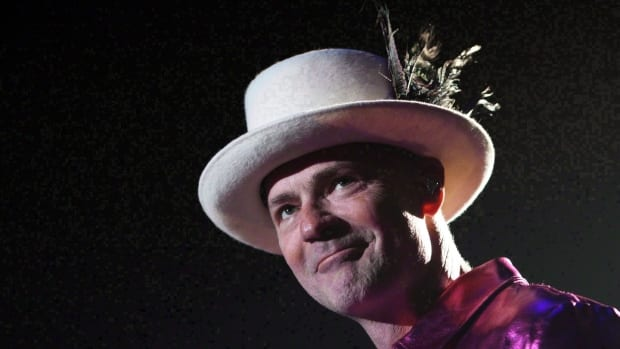 Sing 'Courage' from the rooftops Thursday and fight COVID-19 Tragically Hip style | CTV News