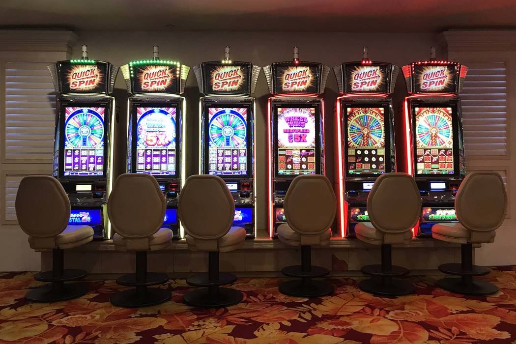 Las vega Strip strangely quiet in face of coronavirus– IMAGES|Las Vegas Review-Journal
