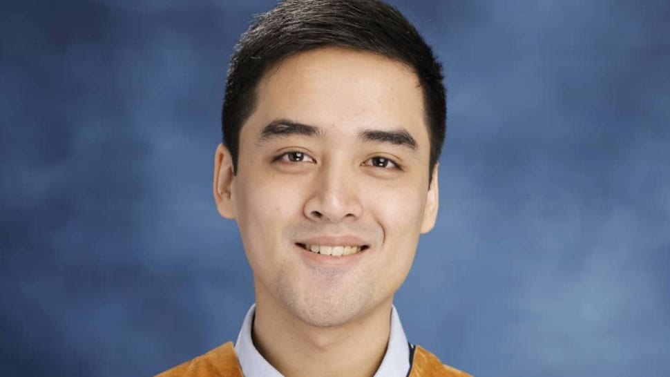 Vico Sotto's Blank College Yearbook Was a Hint of His Mayoral Style