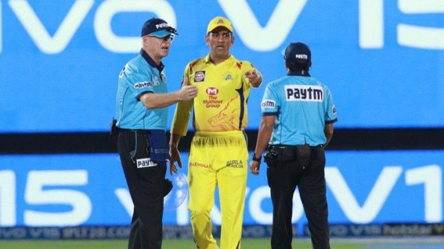 MS Dhoni apologised straightaway: Mitchell Santner on CSK captain's disagreement with umpires in IPL 2019 – Sports Information
