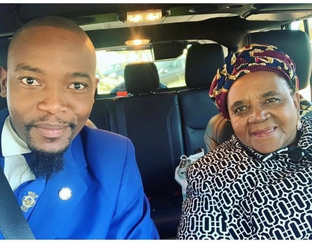 Moshe Ndiki has shed an enjoyed one near his Heart – style you 7