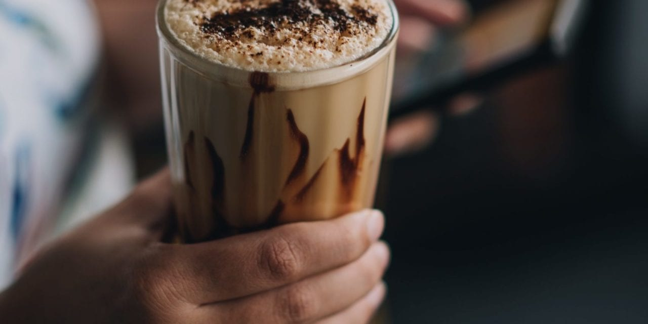 Start Your Morning With This Cold Brew Mocha Smoothie! – My Daily Magazine – Art, Design, DIY, Fashion and Beauty !