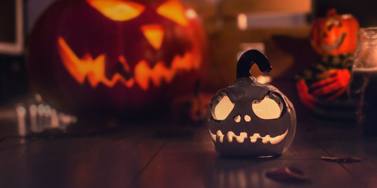 Fun Ways to Celebrate Halloween From Home – My Daily Magazine – Art, Design, DIY, Fashion and Beauty !
