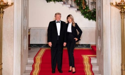 In official Christmas portrait, Melania Trump sports high-waisted pantsuit