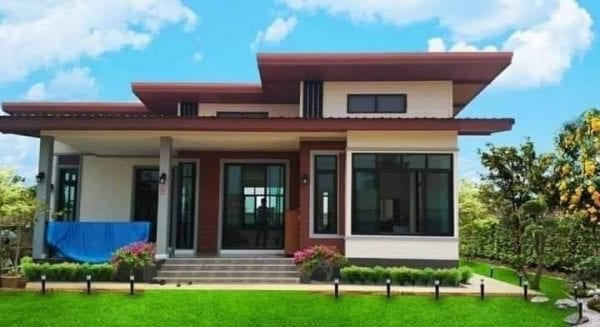 Huge Dream House Design with 3 Bedrooms, Modern Style