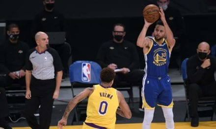 Warrior Steph Curry Made NBA History In Dramatic Fashion   Heavy.com