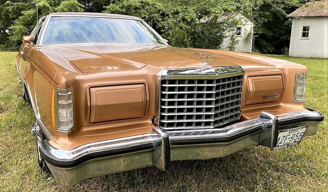 Pick of the Day: 1977 Ford Thunderbird defines '70s personal-luxury style
