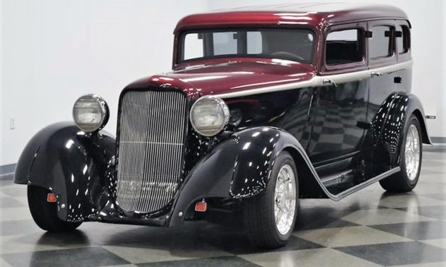 Pick of the Day: 1933 Dodge street rod bristling with style and Hemi power