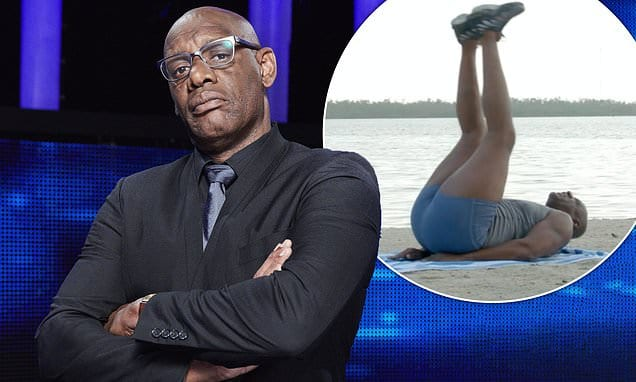 The Chase's Shaun Wallace, 60, reveals dad's death is his motivation for doing 2,000 sit-ups A DAY | Daily Mail Online