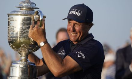 Phil Mickelson: Tom Brady 'a big motivation' in winning improbable PGA Championship at 50 years old – masslive.com